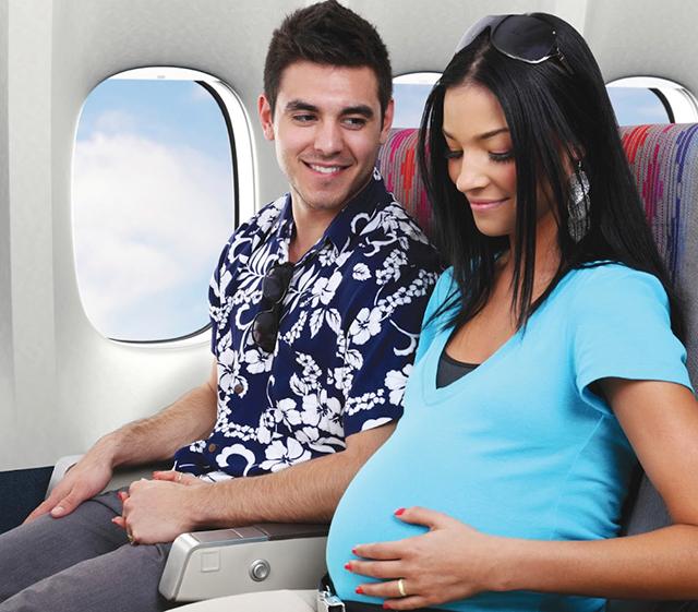 Hình ảnh quy định đối với phụ nữ mang thai khi đi máy bay