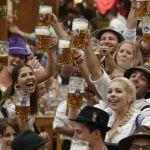 Khám phá lễ hội bia ở Đức