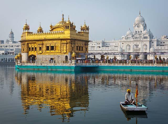 Hình ảnh 10 thánh địa nổi tiếng cho chuyến hành hương đầu năm