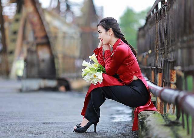 Hình ảnh mùng 8 tháng 3 hẹn hò lãng mạn ở Hà Nội