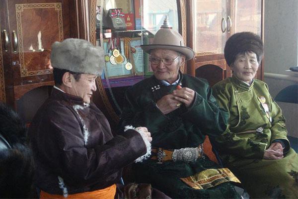 kham-pha-nhung-le-hoi-don-nam-moi-tren-the-gioi-06