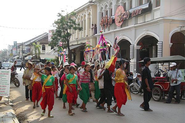 kham-pha-nhung-le-hoi-don-nam-moi-tren-the-gioi-08