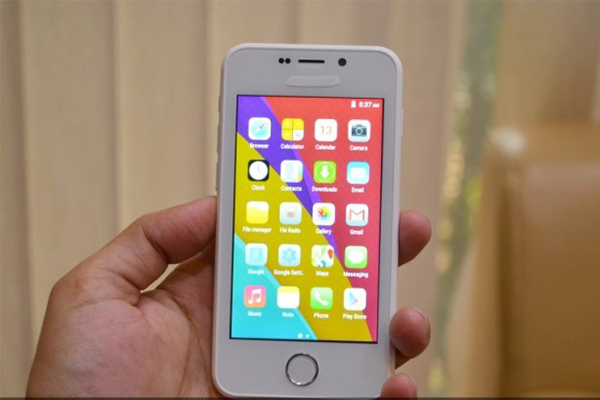smartphone-re-nhat-qua-dat-voi-gia-chi-80-000-dong-02