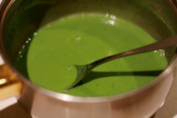 Hình ảnh làm đẹp từ bột trà xanh một cách nhanh chóng