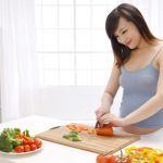 Nên và không nên ăn gì trong thời kỳ mang thai tháng đầu tiên