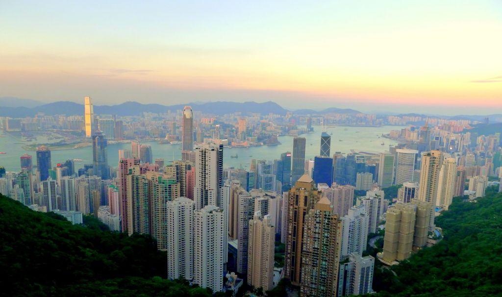 Khung cảnh Hong Kong nhin từ đỉnh Victoria