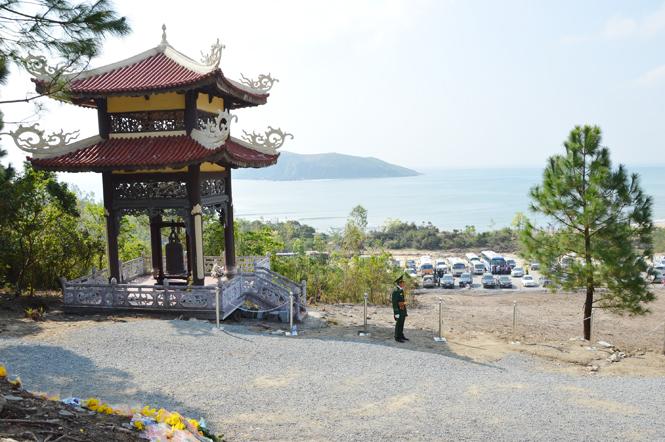Vũng Chùa – Đảo Yến