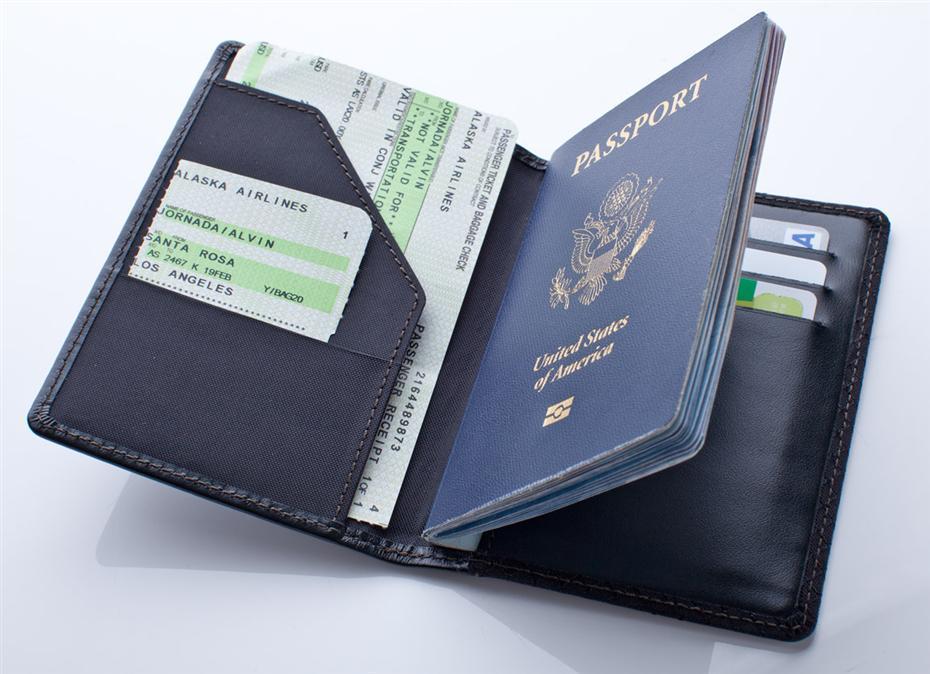 Đi máy bay cần giấy tờ gì