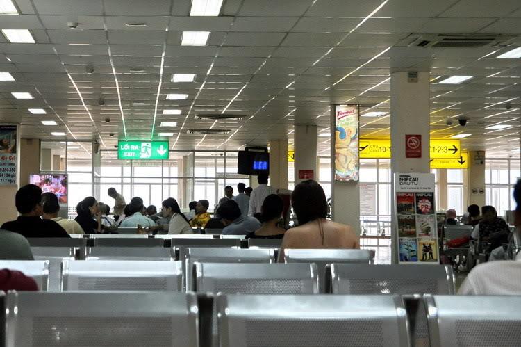 thủ tục đi máy bay Vietnam Airlines