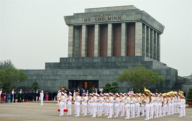 Vé máy bay từ TPHCM đi Hà Nội